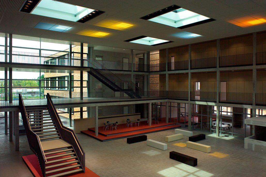 G6H41355 Foyer